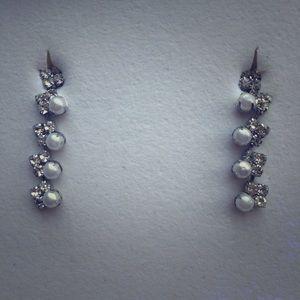 "Swarovski and ""pearl"" earrings"